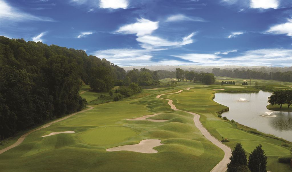 Music City U.S.A's Downtown Par Golf Package