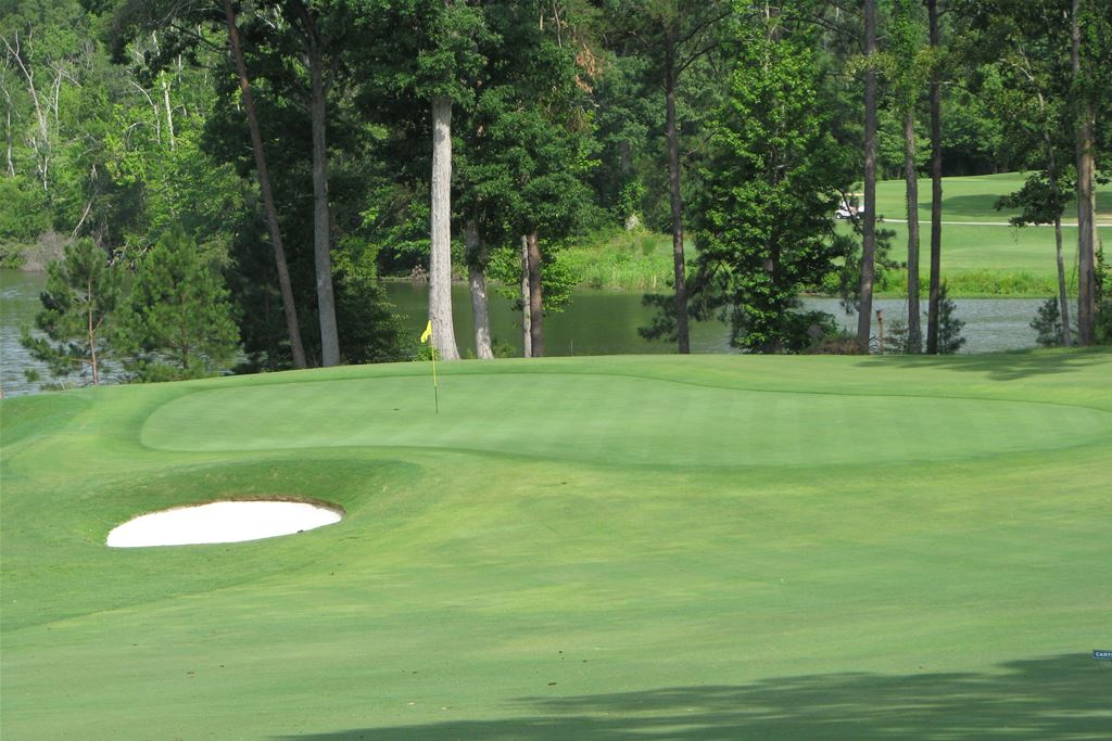 2 Nights and 2 Rounds $159 w/ villa