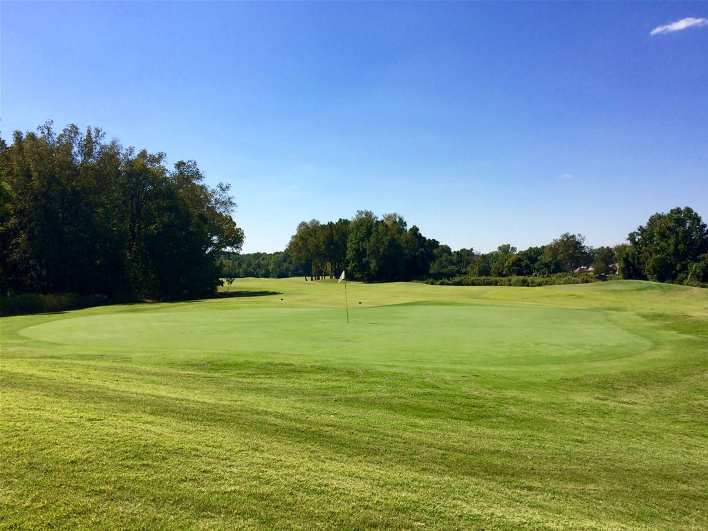 Cherokee Valley Golf Club in Olive Branch, Mississippi