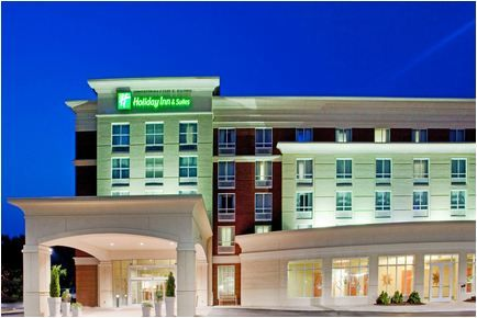 Holiday Inn & Suites Gateway Williamsburg
