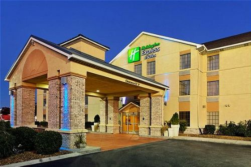 Holiday Inn Crossville image