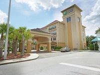 Holiday Inn Express Tampa N I-75 University Area