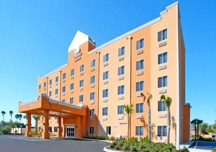 Comfort Suites Tampa